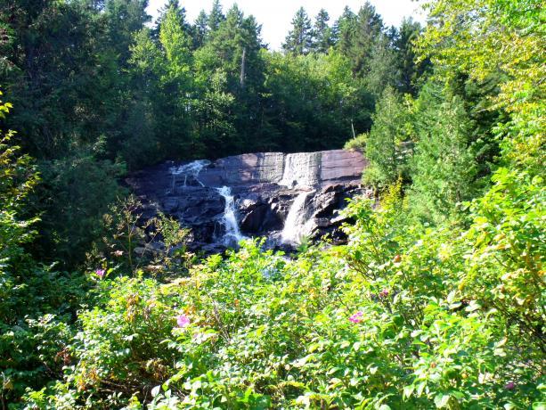 Cliquez sur l'image pour la voir en taille réelle  Nom : Ride Parc du Mont Tremblant 004.jpg Affichages :81 Taille :102,2 Ko ID : 54110